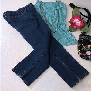 Blue Asphalt Stretchy Indigo Capri Jeans Jrs Sz 5